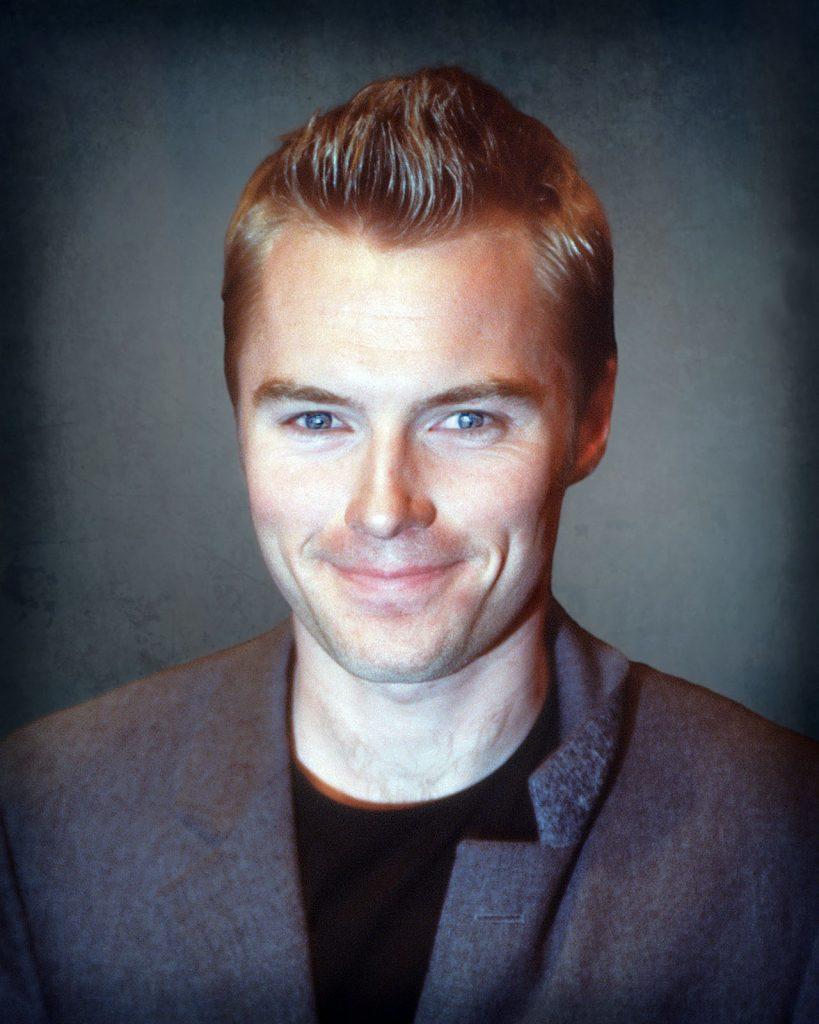 Ronan Keating headshot portrait photo